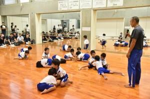 体育指導の実技公演